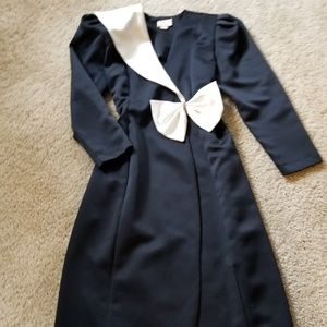 EUC- Black with Ivory Lapel Holiday Wrap Dress